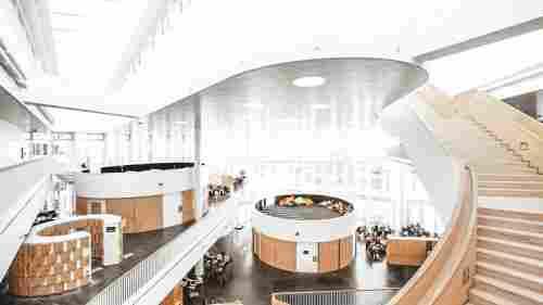 Arquitetura em Copenhague: escola Orestad Gymansium, do escritório 3XN