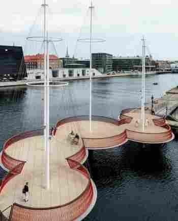 A Circle Bridge é uma inovadora ponte para pedestres e ciclistas em Copenhague