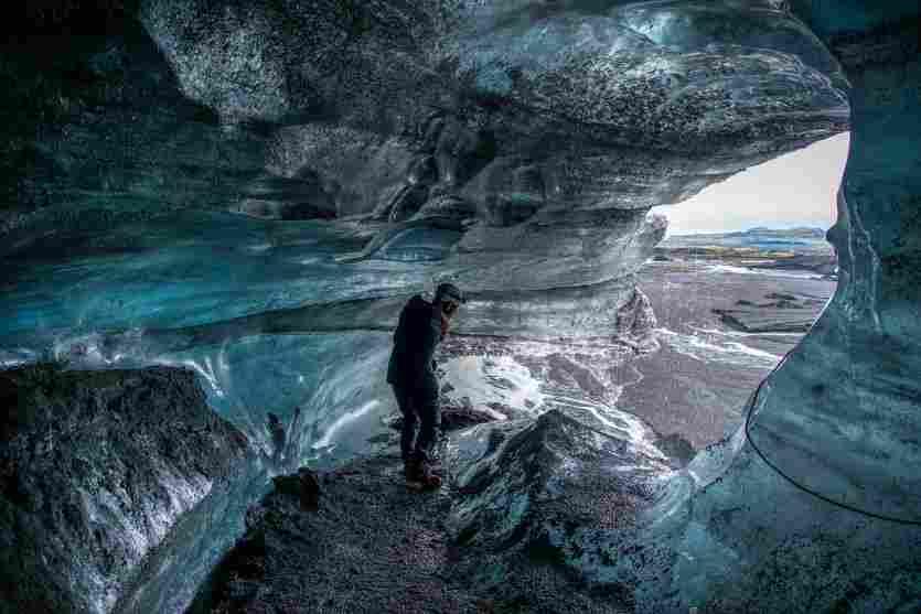 Vista interna da caverna Myrdajokull