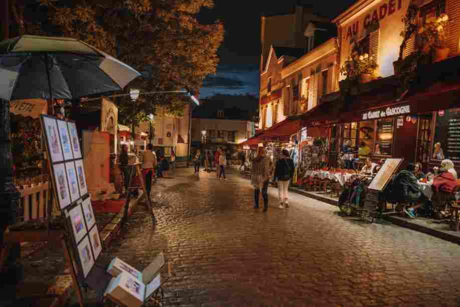 Bairro Boêmio de Paris, Montmartre é uma atração imperdível.