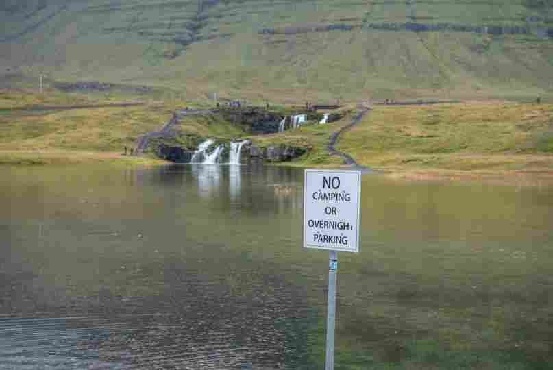 Areas específicas para camping na Islândia