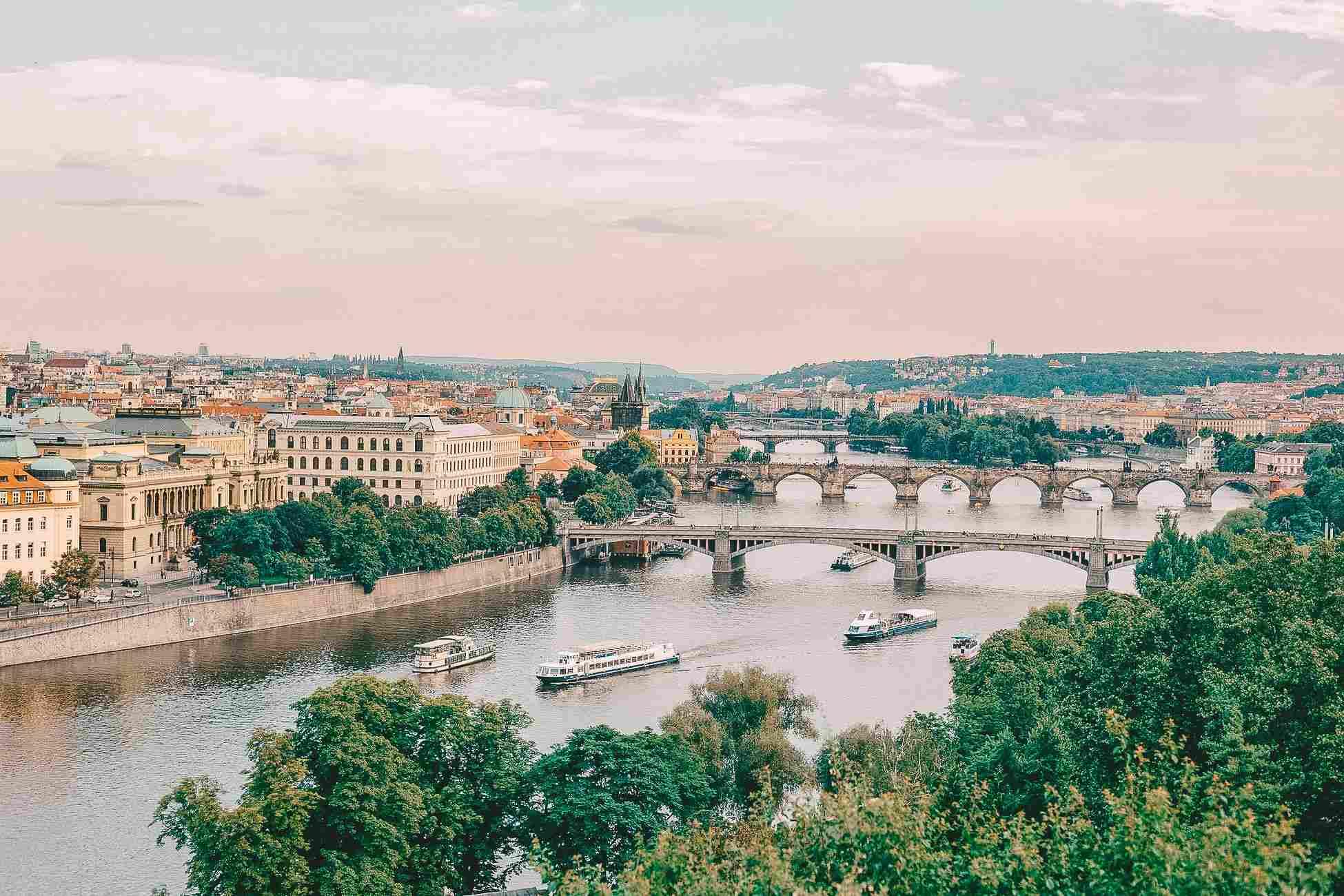 A belíssima Praga, no Leste Europeu