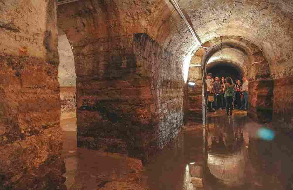 As Galerias Romanas são da época dos romanos, quando Lisboa ainda era Olisipo