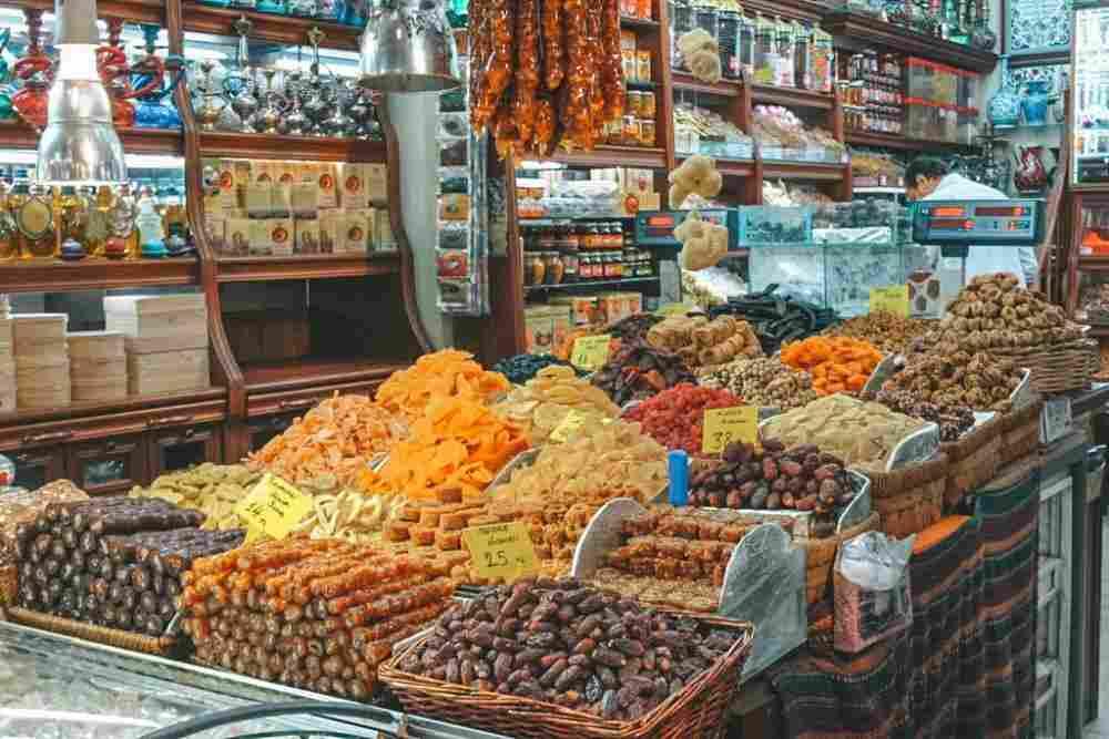 Condimentos e especiarias nos mercados de Istambul