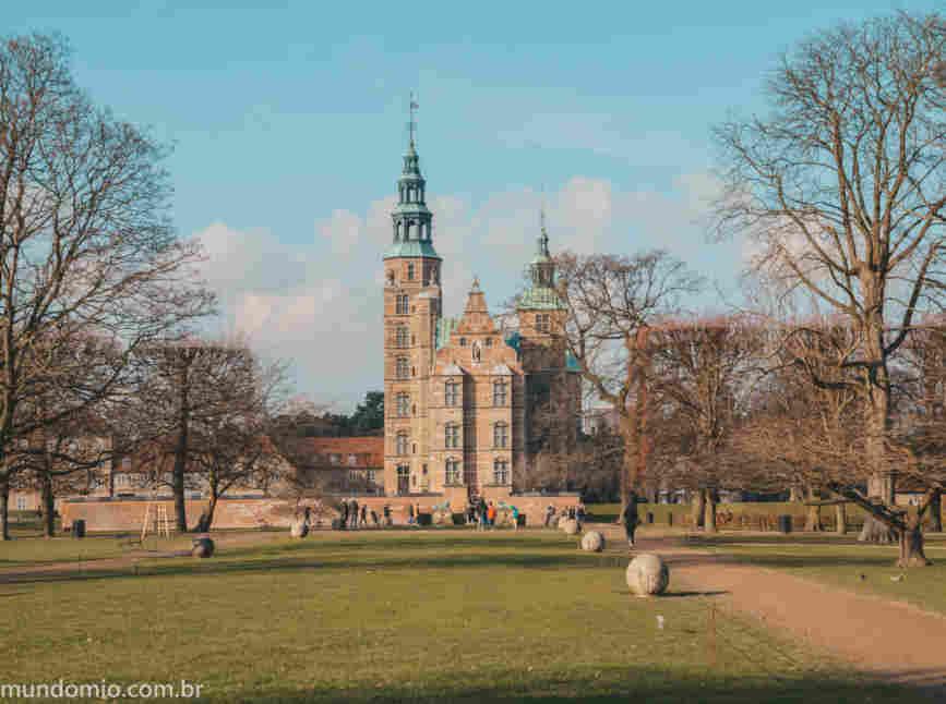 O que fazer em Copenhague: conhecer os jardins do rei no castelo de Rosenborg