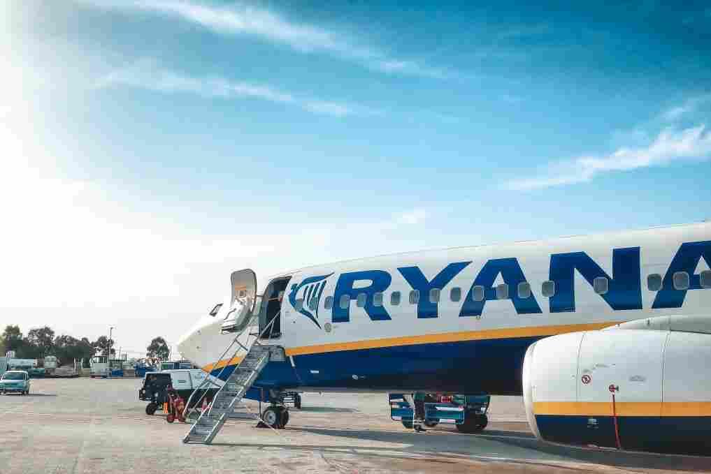 Aeronave da RyanAir, uma das principais companhias aéreas low cost da Europa