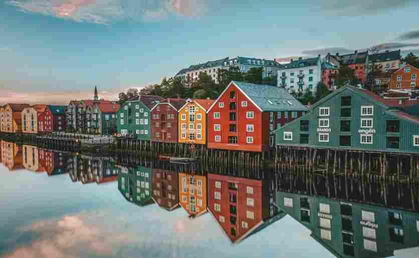 Vista da enseada de Trondheim